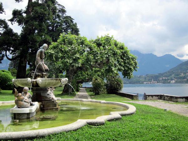 fountain-parco-teresio-olivelli