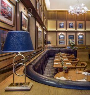 chucs-restaurant-cafe-1