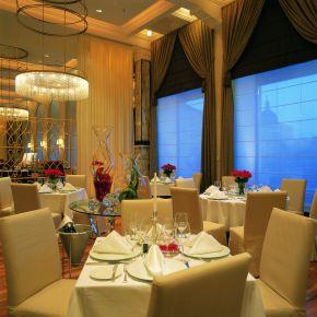 zinfandels-restaurant-separate-section