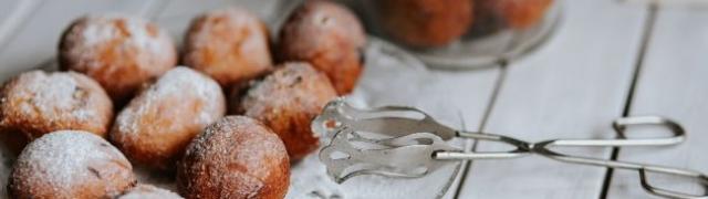 Fritule ili pršurate stari recept dalmatinske kuhinje