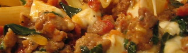 Zapečena tjestenina sa šunkom i kranjskim kobasicama