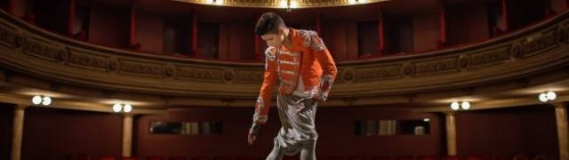 """Mario Miše osmislio kostime za legendarni spot """"Hajde da ludujemo"""""""