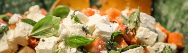 Zašto je Salakis feta savršen sir za salate