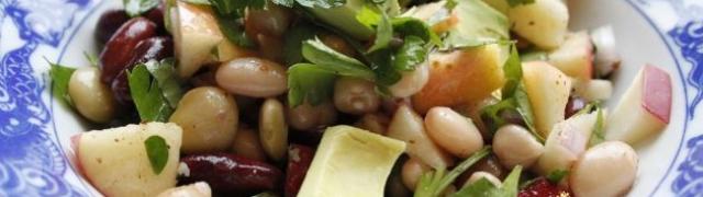 Šarena grah salata sa slanutkom