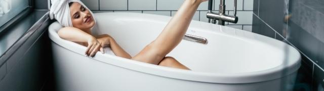 Čista i blistava kupaonica ogledalo je vašeg doma