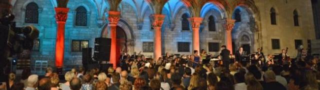 "Međunarodni festival opernih arija ""Tino Pattiera"""
