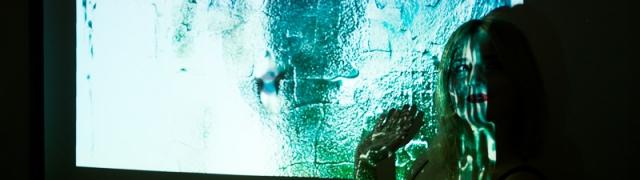 Alana Kajfež očarava izložbom Transparency