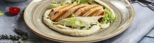 Sjajan prilog uz ribu tradicionalni je grčki namaz Skordalia