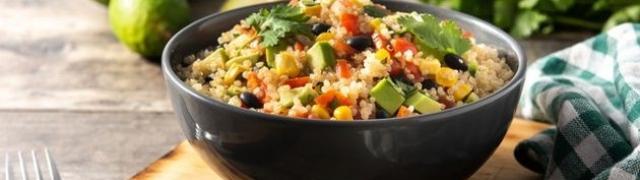 Brza salata od quinoe i tofua za sve koji drže dijetu ili žele zdravi obrok