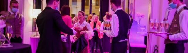 Zagrebački hotel Esplanade zasjao je u ružičastom