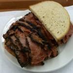 pastrami-sendvic