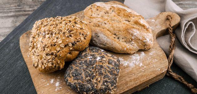 pecivo kruh hrana
