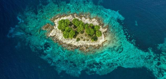 otok krbelica dalmacija hrvatska