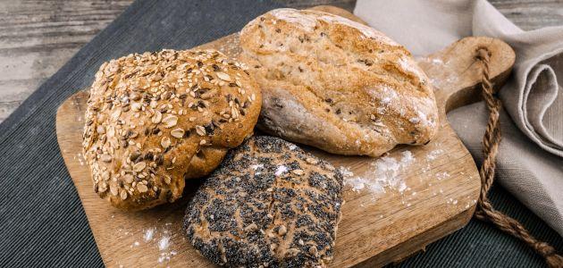 kruh pecivo hrana
