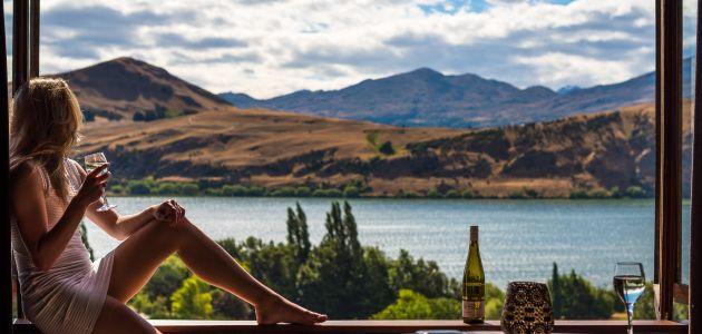 vino more relax odmor žena pogled