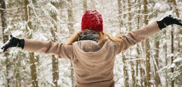 zima hodanje  snijeg