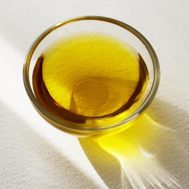 ulje cajevca etericno ulje