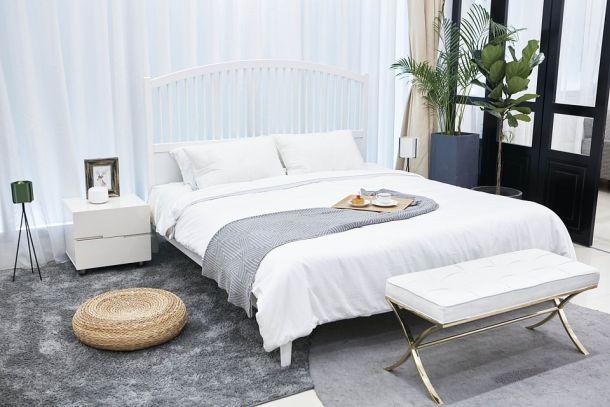 spavaća soba krevet interijer stan