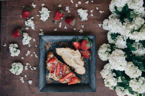 voćna torta od jagoda4