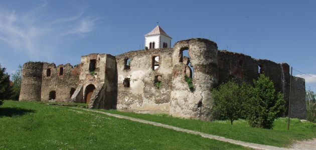 srednjovjekovni-grad-kaptol