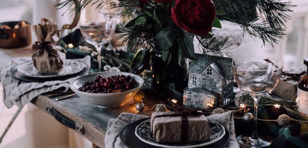 stol interijer nova godina