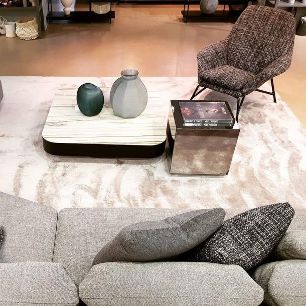 interijer vaze fotelje