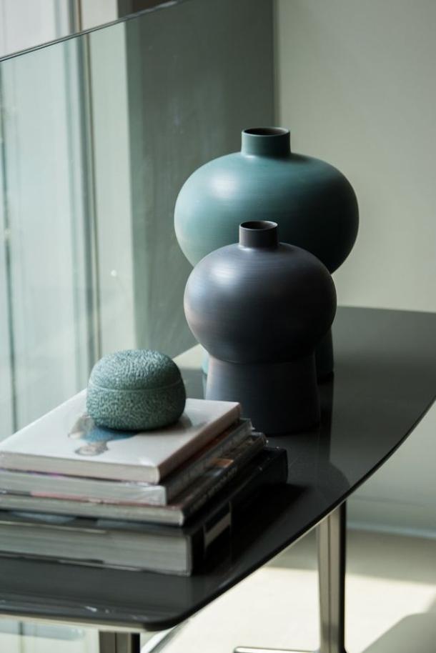 vaze stolovi