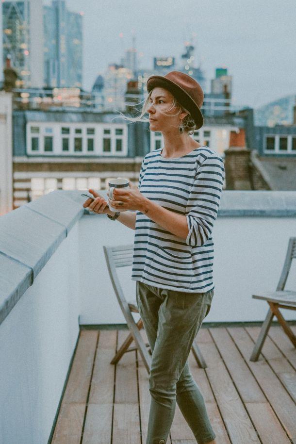 žena čaj grad fashion