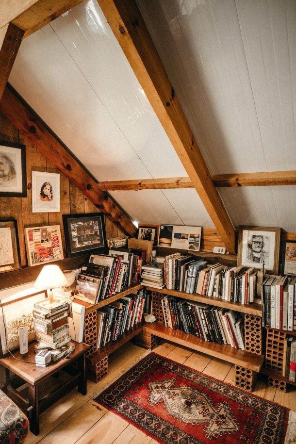knjige biblioteka u kuci