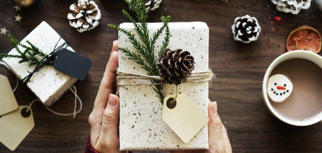 pokloni darovi za njega