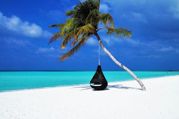 otočje maldivi plaža