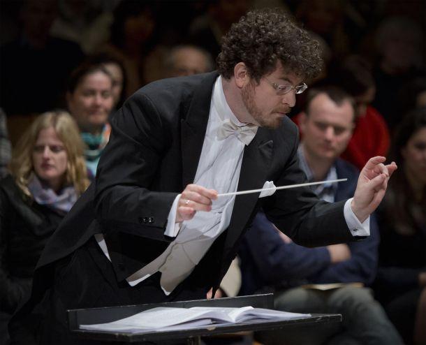 noam-zur-dirigent
