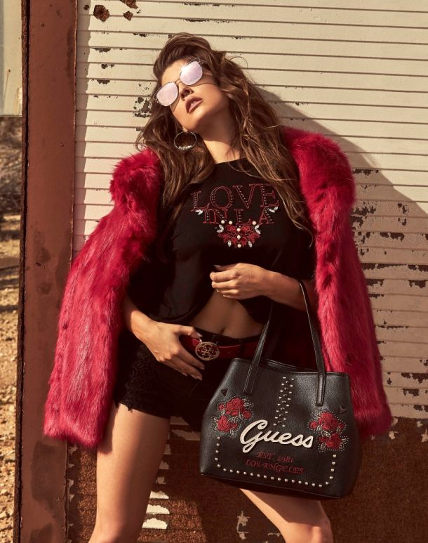 GUESS HANDBAGS & FOOTWEAR FW18 ADV CAMPAIGN IMAGES_J31