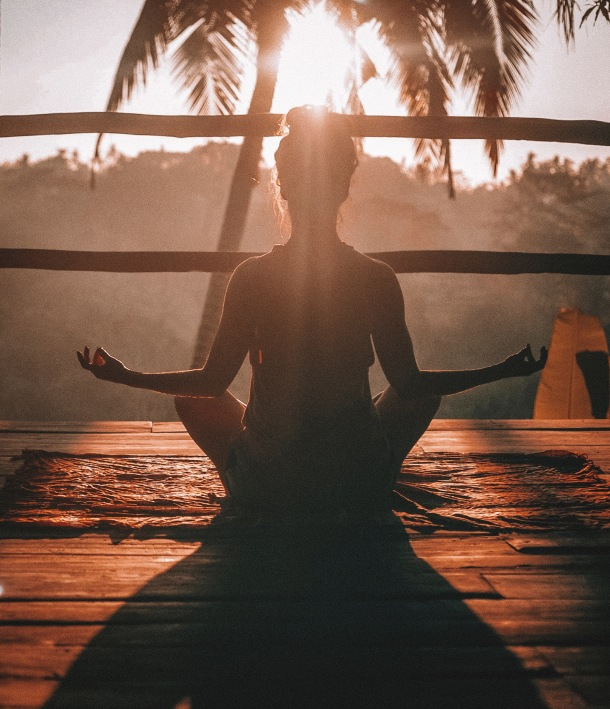 meditacija yoga jj+oga