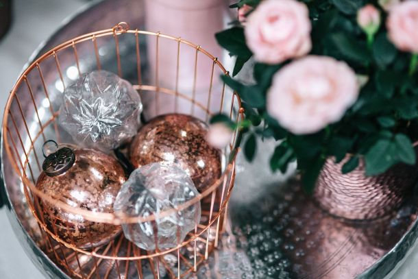 kuglice božićni ukrasi