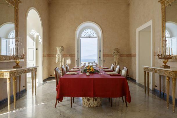 villa-amalfi-coast-sorrento-italy-blagovaona