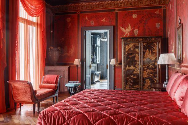 villa-amalfi-coast-sorrento-italy-spavaća