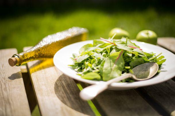 salata talijanska kuhinja hrana ulje