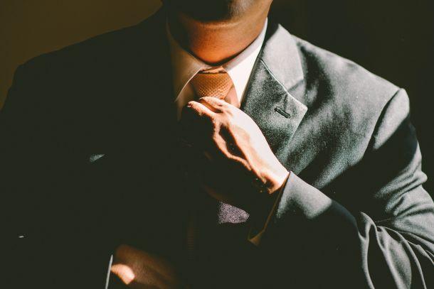 kum odijelo muškarac