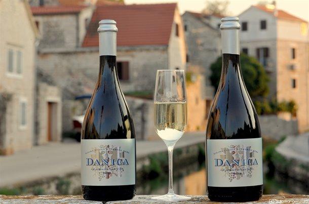 danica-pjenusavo-vino-01