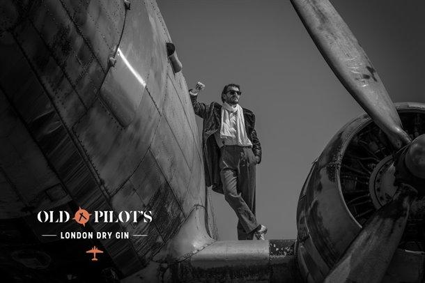 old-pilot-gin-06