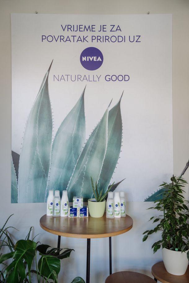 nivea-naturally-good-2