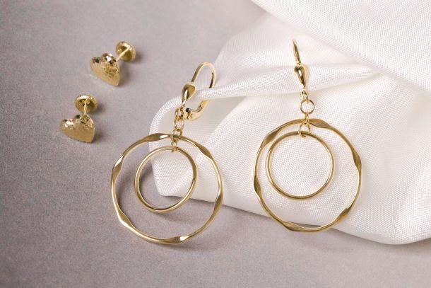 zlatne-nausnice-nakit-1