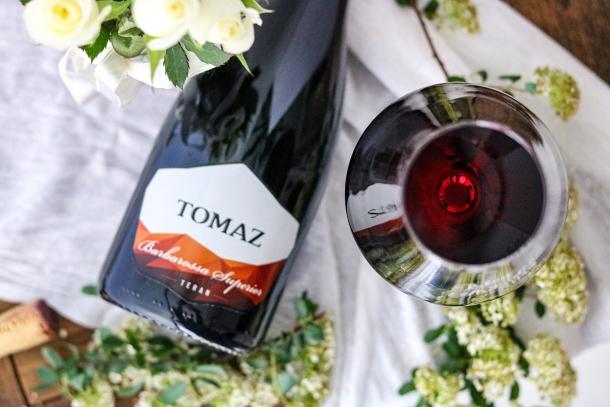 Vino vina tomaz