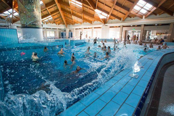krapinske-toplice-bazen-tobogan-1