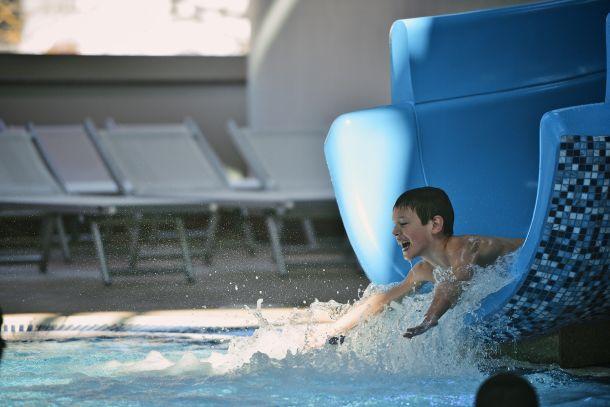 krapinske-toplice-bazen-tobogan-3