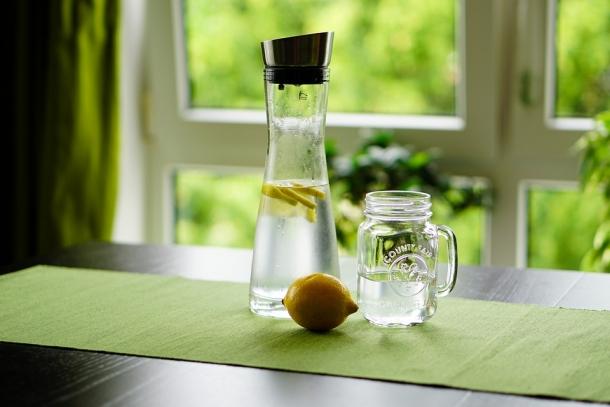 voda aromatizirana voda