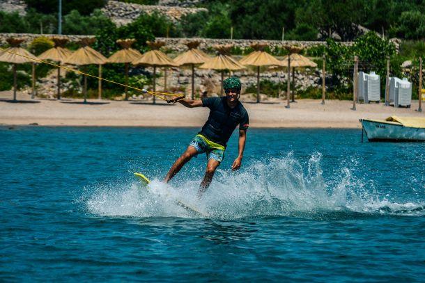 wow-druzenje-wakeboard-01