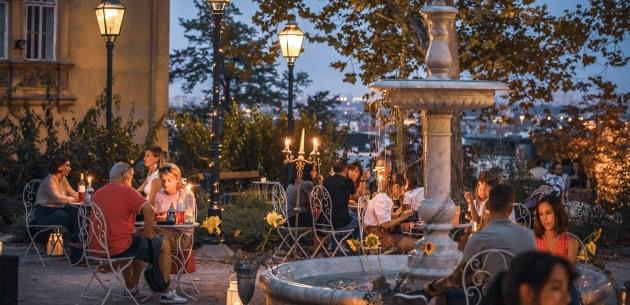 Uživajte na Griču uz svijeće, okuse domaćih vina i zvukove violine i ukulela