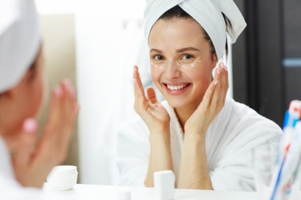 zena krema kozmetika